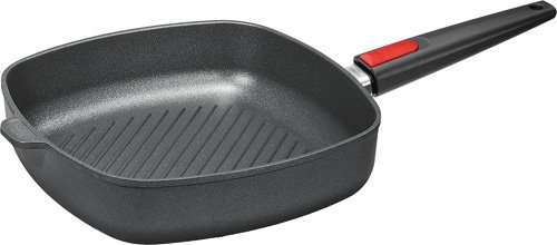 Titanum frying pan with removable handle