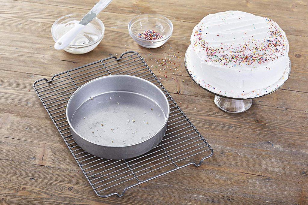 Metallic Traditional Round Cake Pan 9 inch