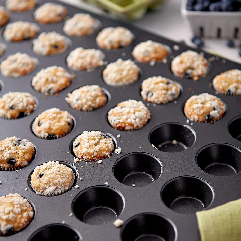 Cake pan in mini muffin 48 cup