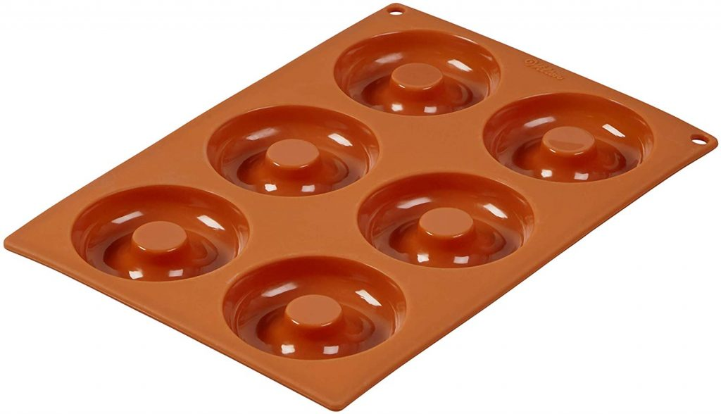 Wilton non-stick food grade silicone pan with 2 sets