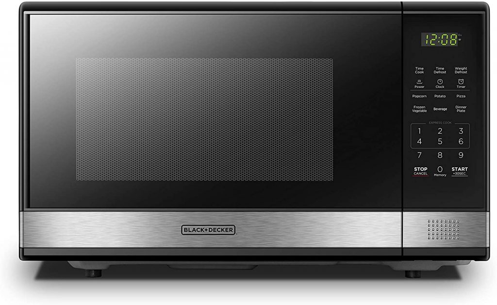 Black + Decker Microwave Oven for office break rooms with turntable and child lock