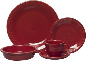 Scarlet color fiesta 5 Piece Dinnerware set