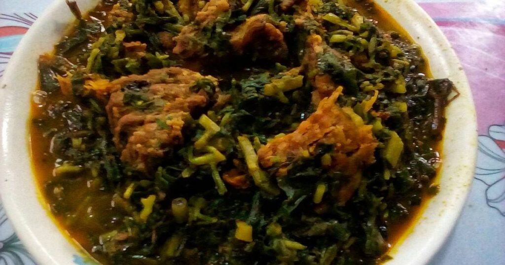how to cook Egusi soup with waterleaf