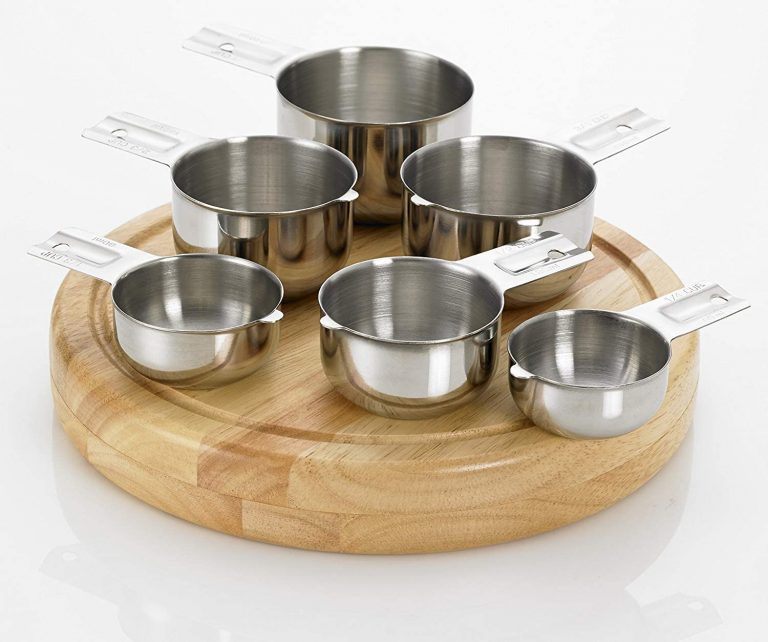 what are the 4 sizes of dry measuring cups
