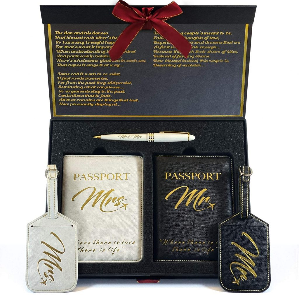 Memorable wedding gift for couples